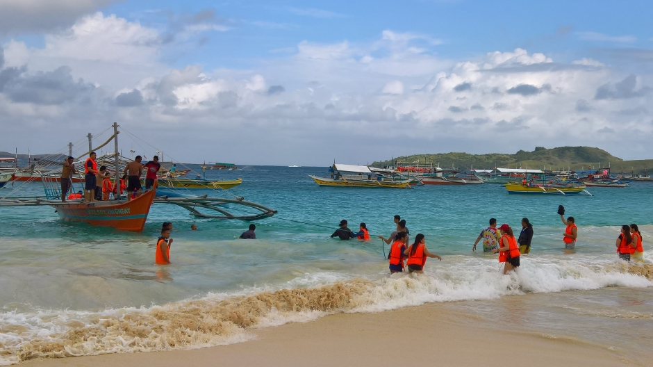Calaguas Island, Vinzon, Camarines Norte
